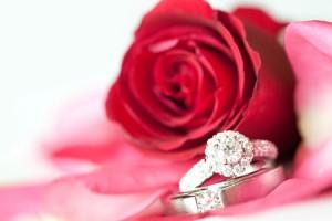 恋愛運アップは宝石、結婚運は桜の風景! 風水師オススメ3月の開運壁紙
