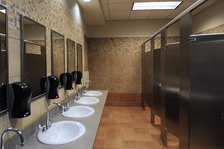 トイレの入る位置でわかる、あなたのおばちゃん度 真ん中はおばちゃん街道まっしぐら!?