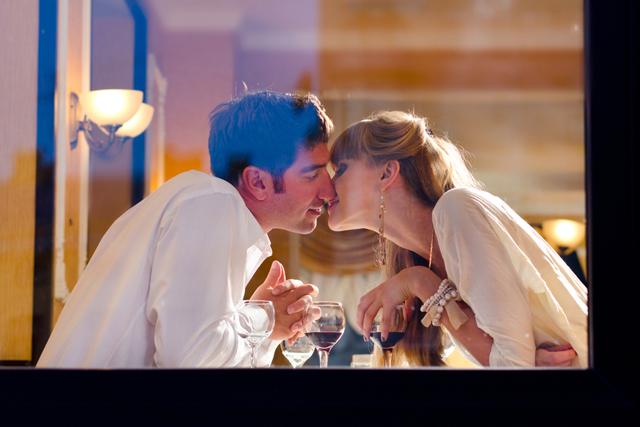 恋多き女? 夫に尽くすタイプ? 結婚後の浮気願望度がわかる心理テスト