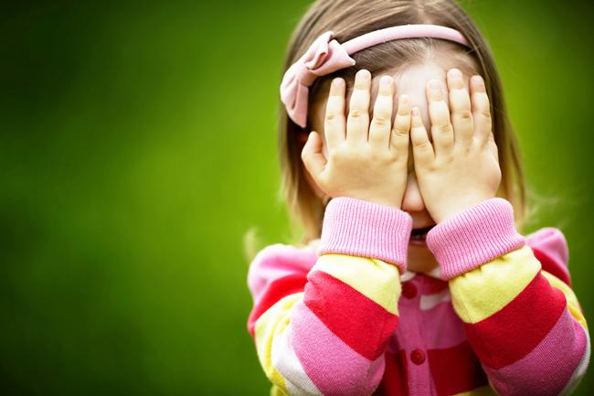 12星座【恥ずかしがりや】ランキング 天秤座は1人が安心、人目が気になるシャイな人