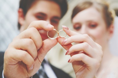 一目惚れ結婚は離婚率が低い!? 結婚にまつわるエトセトラ