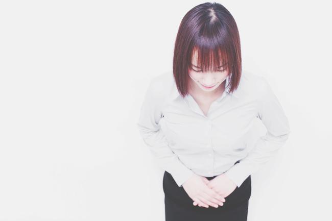 12星座【礼儀正しさ】ランキング 乙女座のおじぎの角度は90度!