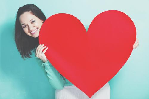12星座【恋をすると】あるある 双子座は相手を徹底リサーチ、情報収集型の恋!