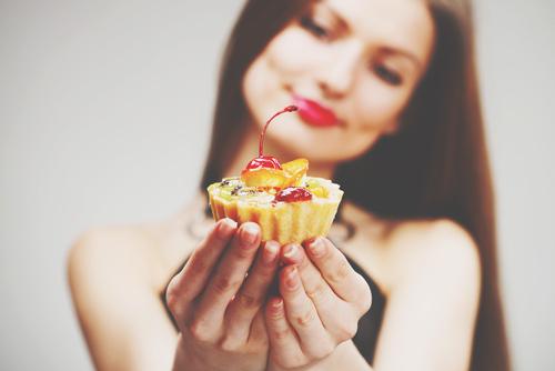 【婚活風水】第8回/甘いお菓子をプレゼントして、彼との関係を一歩先へと進ませよう!