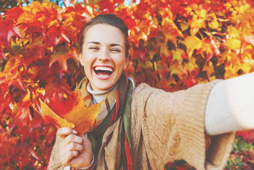 """【11月の開運方位】ラッキー方位は「東」!  """"早さ""""を重視し、軽快な気分で過ごして"""
