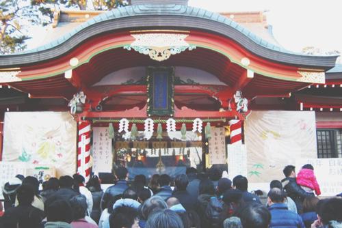 12星座【初詣】あるある 双子座はオールからのテンション高い初詣!