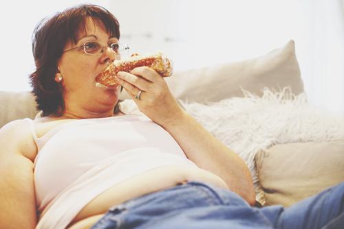 12星座【中年太り】ランキング 牡牛座は美食がたたって、年々増量!