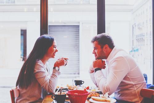 【心理テスト】居酒屋、肉系、和食……食事デートで選ぶ店でわかるあなたのモテポイント