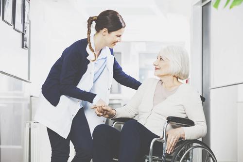 【才能手相】知能線と感情線がつながっている人は、福祉系の仕事に適正あり!