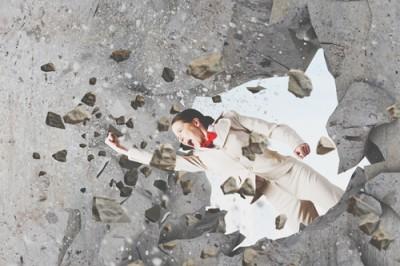 12星座【壁にブチ当たったときの対処法】乙女座は逃げるが勝ち!