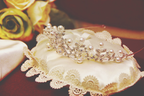 【7月の開運壁紙】恋愛運は「真珠のティアラ」、健康運は「星空」の写真で運気アップ!