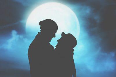 恋愛傾向がわかる【月占い】あなたの恋を月にたとえると?