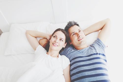 男女でみる恋愛観の違い 男は「初めてになりたい」、女は「最後になりたい」!