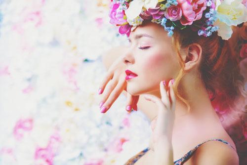 春の恋に効く【魔法のコスメ占い】この春の恋模様と恋愛運アップのコスメアイテムは何?
