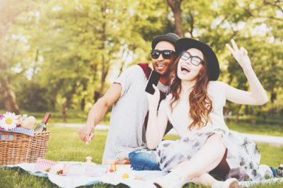 【誕生月・恋愛事典】11月生まれは恋をすることで人生をエンジョイできる人!