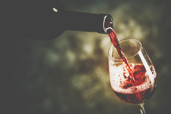 ボジョレー・ヌーボー解禁! 金運を上げる新物ワインの飲み方とは?