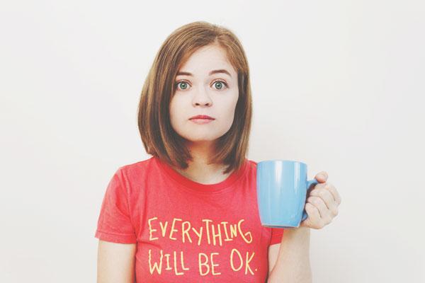 【心理テスト】大切なマグカップから出てきたものは? 答えでわかる後悔している過去