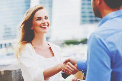 指原莉乃の人気に学ぶ、人を引き付けるコミュニケーション力とは