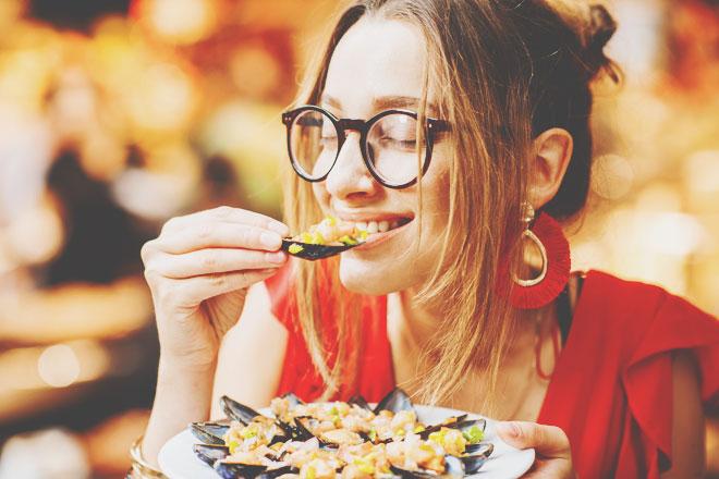 色の力を借りて、ダイエットの天敵「ドカ食い欲求」を抑えよう