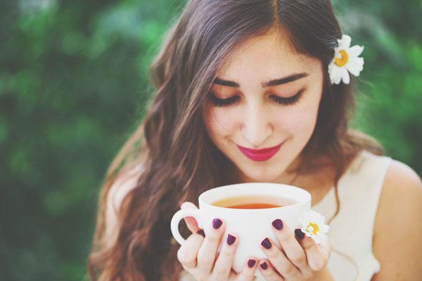 誕生日で占う【癒やしのティータイム】運命数2の人は紅茶でおしゃべりを楽しんで!