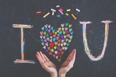 【恋の色占い】あなたの恋は何色? どんな恋をするタイプ?