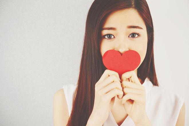 10の質問でわかる【恋をしている可能性】あなたは今、恋に落ちている!?