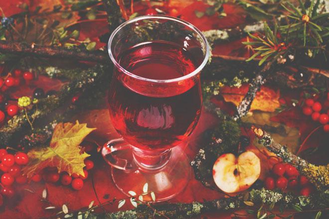 """【秋分のおまじない】あなたが得たい""""実り""""は何? ワインと木の実で望みのパワーを高めよう"""