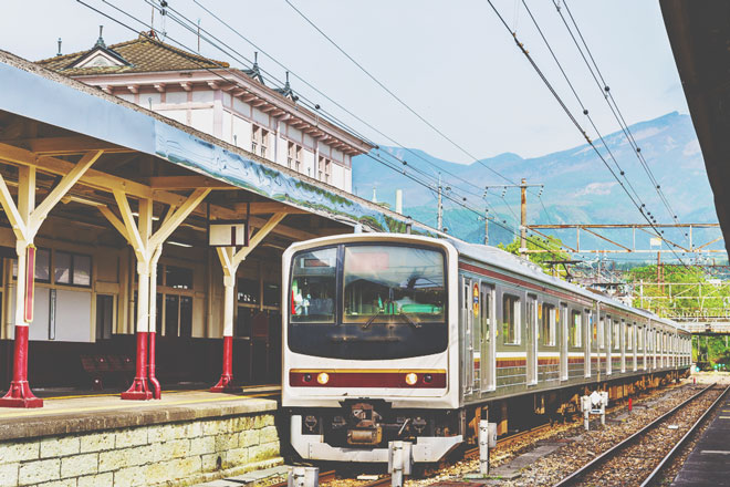 12星座【鉄道マニア】ランキング 水瓶座は「撮鉄」素質アリ、列車写真をSNSへ投稿!