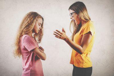 生まれ順【ケンカしたとき】あるある 長子は上から目線で説教モードに突入!