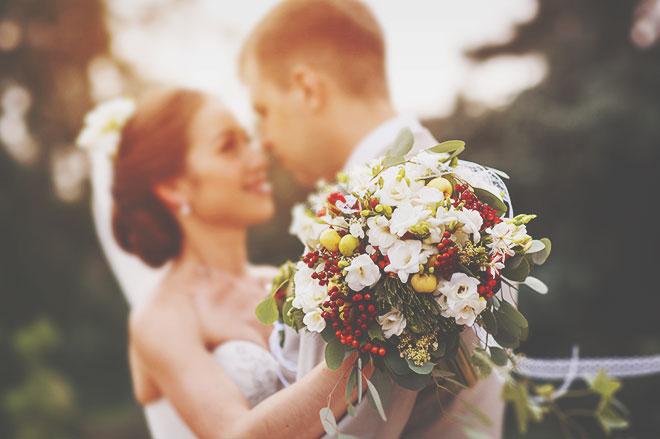 【無料占い】結婚への第一歩はここから! 運命の人との「出会い」を占います