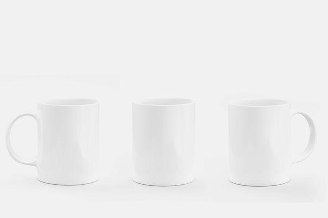 【心理テスト】ドリンクを飲むときのマグカップの持ち方で探る、あなたの警戒心