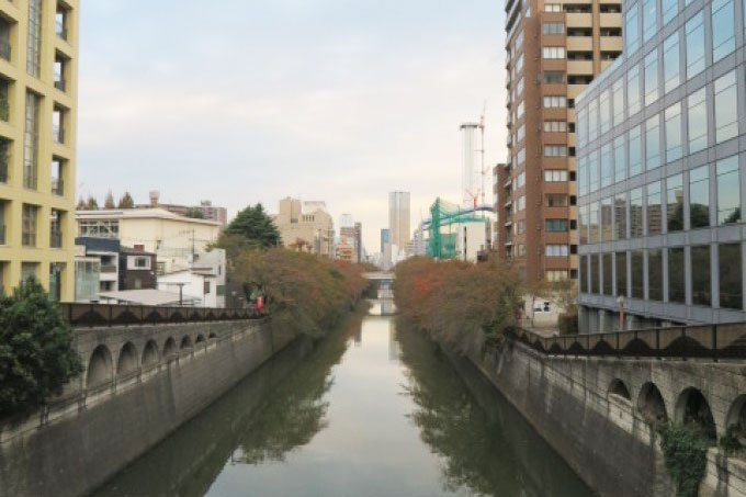 瀧天貴の【山手線パワースポット】目黒はひらめき力アップの街、嫌な気持ちを川に流そう!