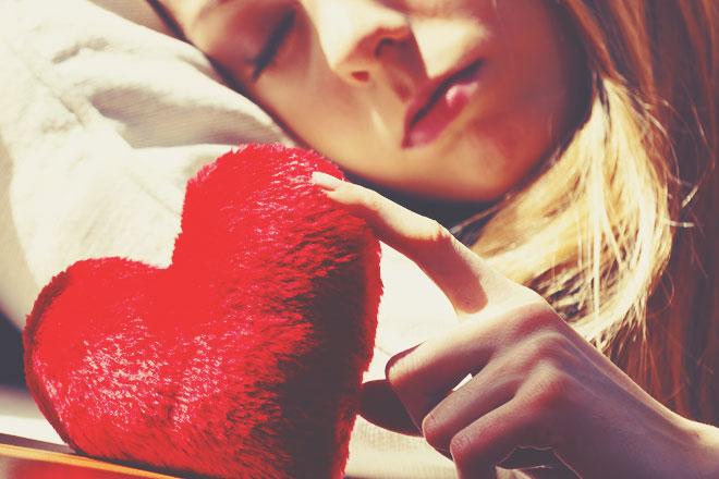 【無料占い】恋愛が苦手? 恋するのが怖い? 恋に奥手なあなたを幸せに導く恋愛鑑定