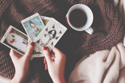 【無料占い】カードからのアドバイス ステラ薫子のタロット占い