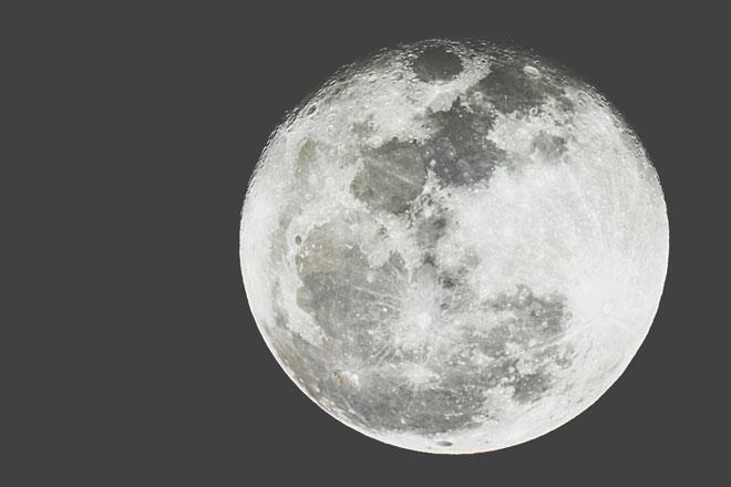 4月19日は今年二度目の天秤座満月 対人関係をブラッシュアップさせよう!