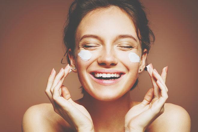 10の質問でわかる【美肌作り熱中度】美しさに時間とお金をかけていますか?