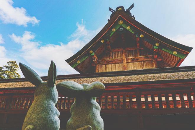 【7月の開運方位】ラッキー方位は「東」、神社仏閣巡りの旅行に出かけよう!