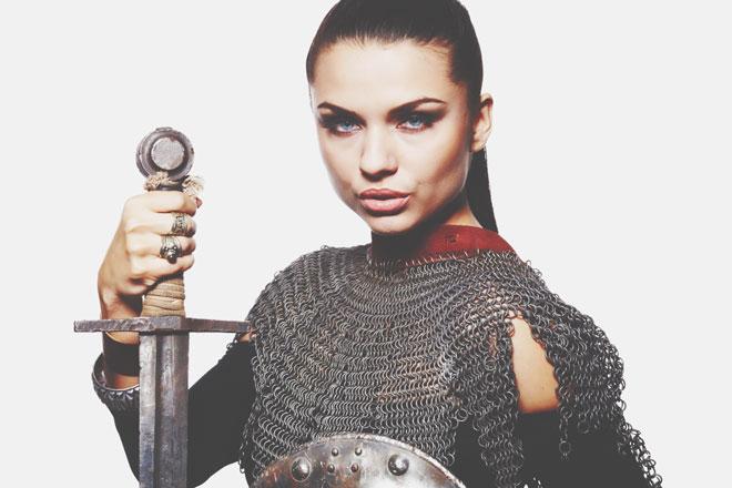 12星座【完全武装女子】ランキング 双子座は言葉で自分を守る、言語武装のスペシャリスト!