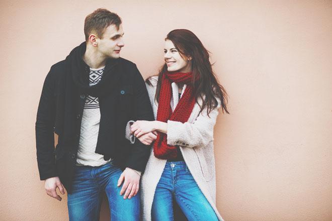 彼の血液型別【デートに誘うタイミング】A型男性は予定が流れたときがチャンス!