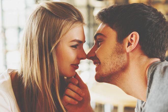 2人の誕生日で占う【2020年の恋愛相性】気になるあの人との相性は……?