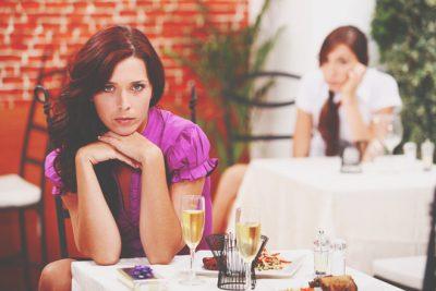 【心理テスト】レストランがいまひとつだった理由でわかる、求めている人付き合い