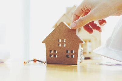 【夢占い】家を建てる夢は出世や成功を告げる大吉夢! 家の夢が暗示すること