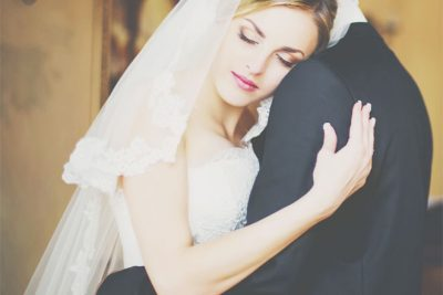 【無料占い】天星術・星ひとみがあなたの結婚相手の特徴を占います!