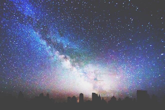 【8月の惑星予報】厳しいムードで始まる1カ月 心の内に楽しさを育てよう!