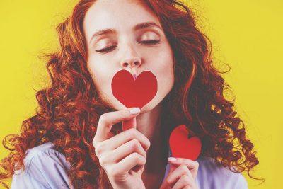 【無料占い】水晶玉子が占う、2021年の恋愛運 オリエンタルタロットで導き出す恋の運命