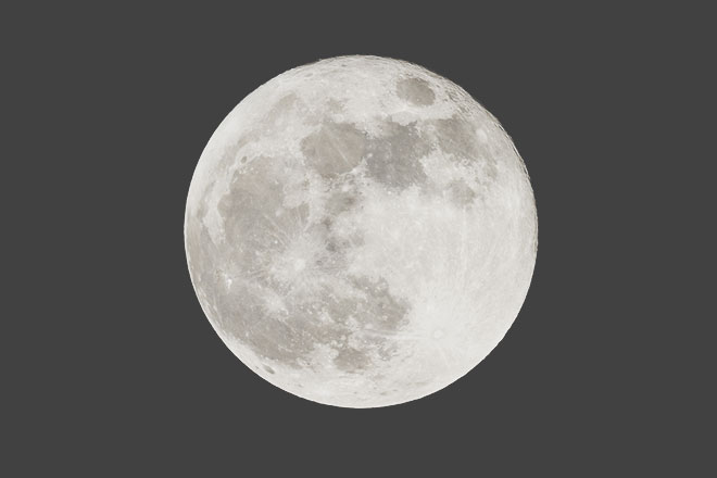 8月22日は今年2度目の水瓶座満月 停滞した現状を手放して、自由な未来を手に入れよう!